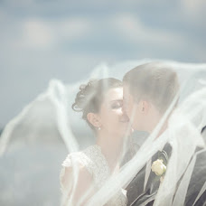 Wedding photographer Anna Donskova (livemoments). Photo of 06.07.2013