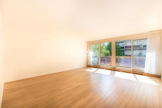 Location appartement 3 pièces 101 m2