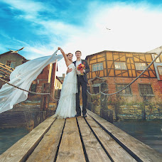 Wedding photographer Dmitriy Dodelcev (Focusmaster). Photo of 02.04.2015