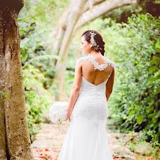 Wedding photographer Ozz Piña (OzzPhoto). Photo of 15.12.2015