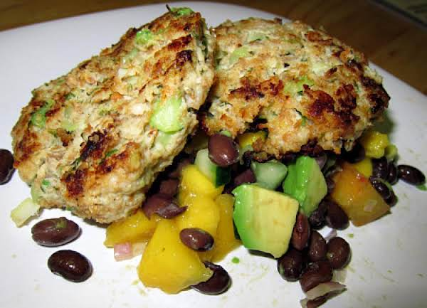 Shrimp Cakes With Mango Salsa
