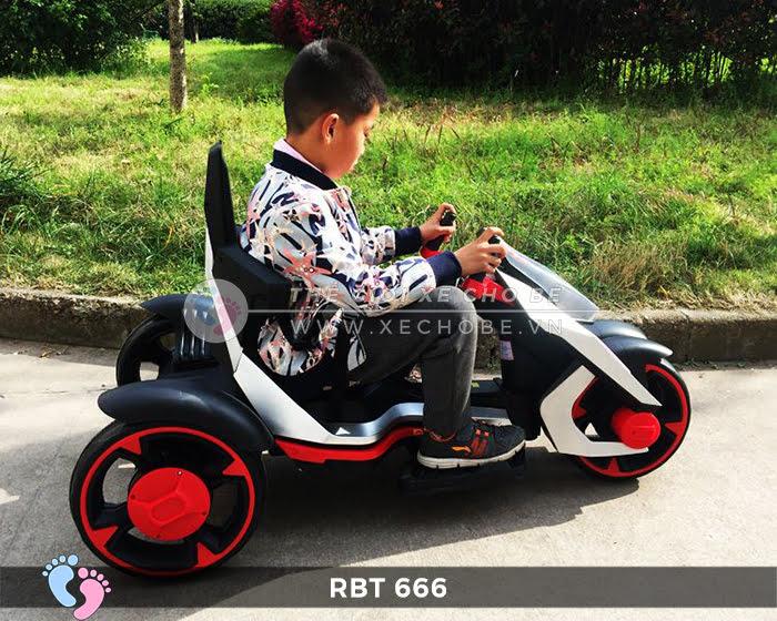 Xe mô tô điện trẻ em 3 bánh RBT-666 2
