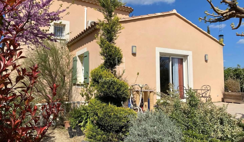 Maison avec terrasse Paradou