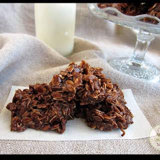 Chocolate Macaroons {aka Frogs}.