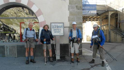 Jacques Lepoutre et ses amis en marche vers Rome sur la Via Francigena au profit de L'Arche