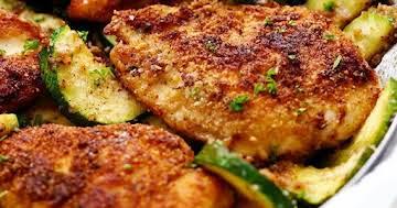 Crispy Parmesan Garlic Chicken with Zucchini Recipe   Yummly