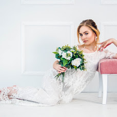 Wedding photographer Kseniya Matveeva (xeniam71). Photo of 17.03.2018