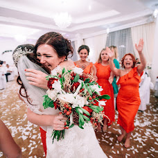 Wedding photographer Alena Kartushina (devochka). Photo of 22.03.2016