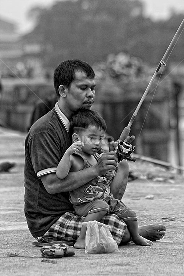 by R Siswanty - People Family