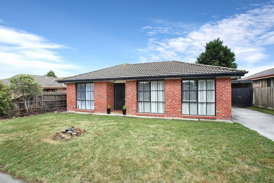Main photo of property at 7 Jessica Drive, Hampton Park 3976