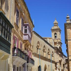 【静寂の町】中世の面影を残すマルタの古都・イムディーナを散策