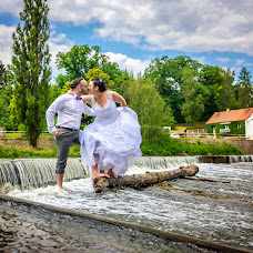 Wedding photographer Mirek Bednařík (mirekbednarik). Photo of 20.06.2018