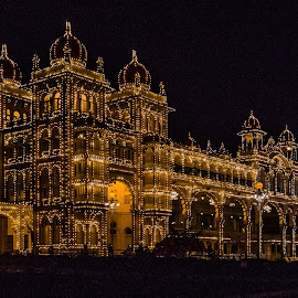 Mysore palace by Jean-Marc Landry - Buildings & Architecture Public & Historical ( palace, mysore, inde, night )
