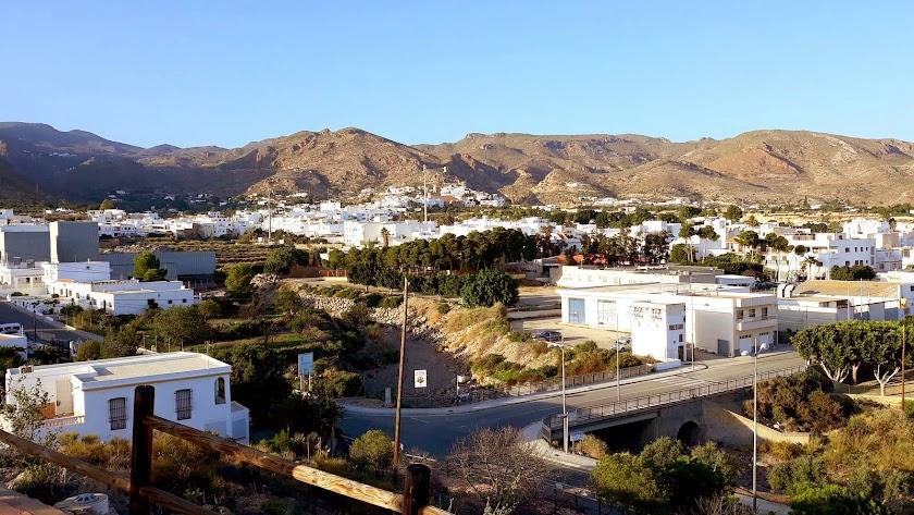 Níjar aparece como el municipio de más de 10.000 habitantes con menos renta por habitante de España.