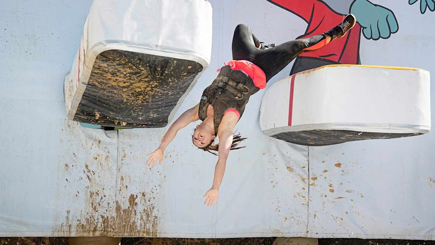 Watch Wipeout live