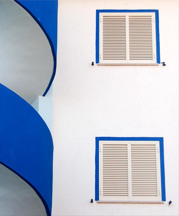 In the blue di Coram
