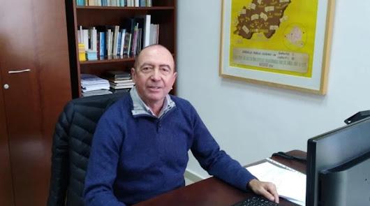 """Pepe Castillo, """"el hombre que luchó por y para las bibliotecas"""", se jubila"""