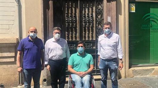 Almería o cuando se tarda un cuarto de siglo para ceder un edificio