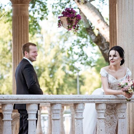 Wedding photographer Elizaveta Duraeva (lizzokd). Photo of 10.12.2017