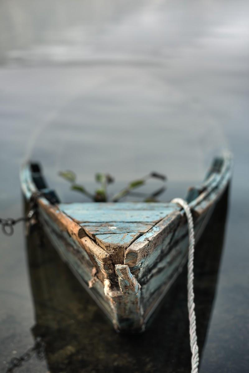 La barca abbandonata di Roberto Pazzi Photography