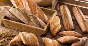 Pan de primera calidad elaborado por la panadería.