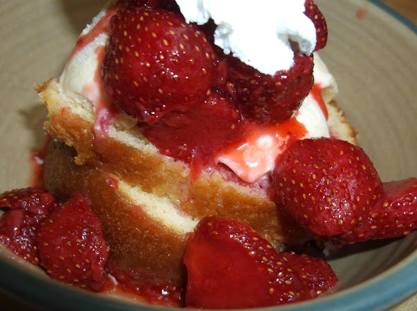 Spoon desired amount of strawberries and juice over ice cream.