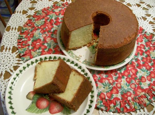 Elvis Presley's Favorite Whipping Cream Pound Cake By Freda Recipe