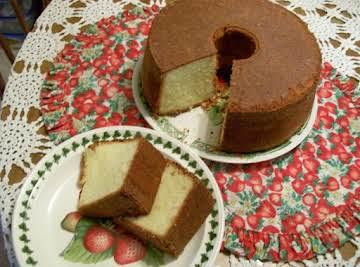 Elvis Presley's Favorite Whipping Cream Pound Cake By Freda
