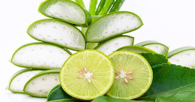 Aloe Vera gel and Lemon