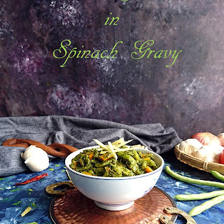 Mixed Vegetables in Spinach Gravy.