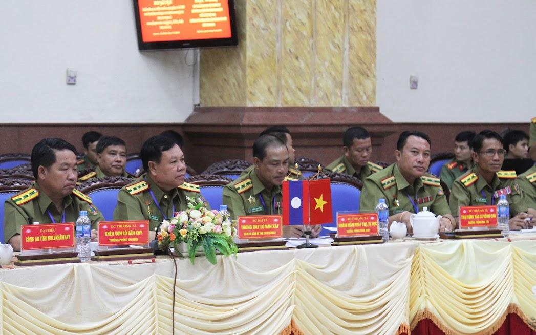 Đoàn đại biểu Công an tỉnh Bôlykhamxay