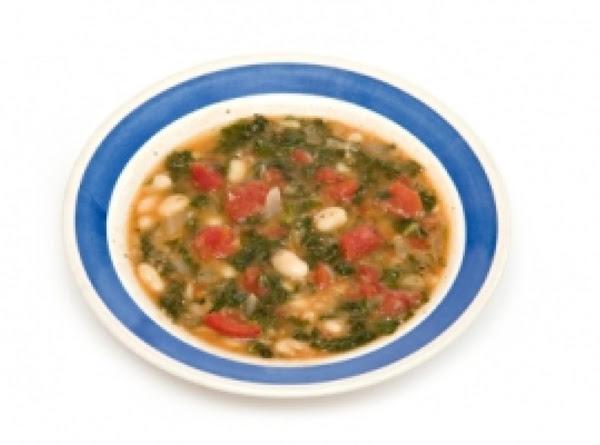 Emeril Lagasse's Tuscan Kale & White Bean Ragout Recipe
