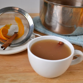 Simple Spiced Hot Apple Cider