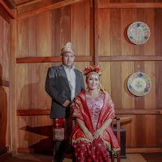 Wedding photographer Indra Alvieno (DjourneyPhoto). Photo of 02.01.2018