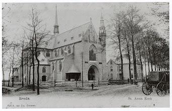 Photo: 1905 St. Annakerk en pastorie aan de Haagpoort (voor annexatie nog Princenhage)