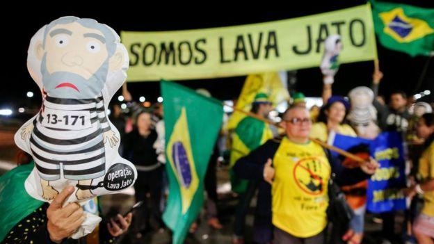 10 eventos que marcaron la historia de América Latina. Protesta por el caso lava Jato.