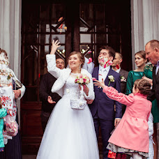 Wedding photographer Tanya Kravchuk (RoStudio). Photo of 04.06.2015