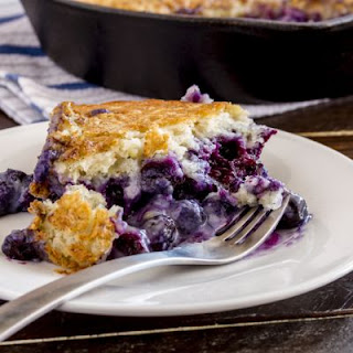 Crockpot Blueberry Cobbler Dump Cake