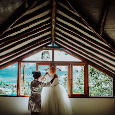 Wedding photographer Alex Cruz (alexcruzfotogra). Photo of 17.08.2018