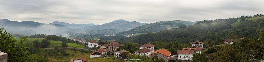 Photo: Valle del Baztan (desde el Mirador del Baztan). Pirineo Navarro. Panorámica compuesta de 10 fotografías. Utilicen la lupa para verla con detalle ^^ Filtro: Polarizador y GND 0.9