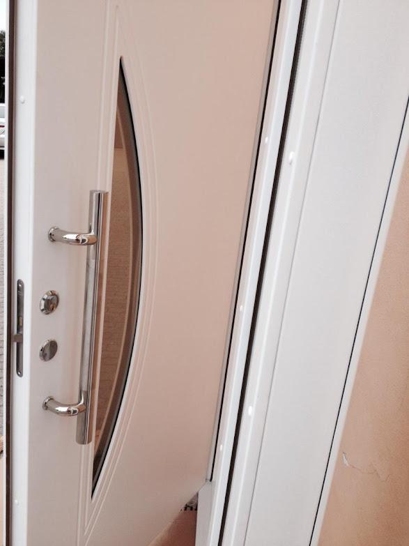 nr 2 designer haust r mit glaseinsatz wohnungseingangst r moderne t ren t r machermann shop. Black Bedroom Furniture Sets. Home Design Ideas