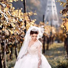Wedding photographer Olya Papaskiri (SoulEmkha). Photo of 01.11.2017