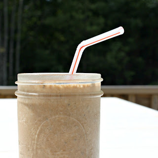 Wendy's Frosty Inspired Smoothie – Healthier Version with Almond Milk & Chia Seeds.