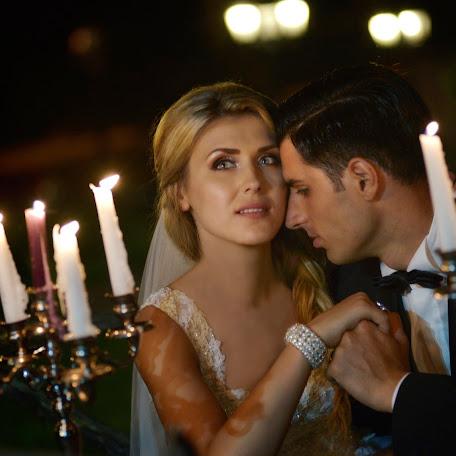 Wedding photographer Alex Isbasoiu (isbasoiu). Photo of 08.06.2015