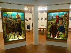 Photo: Im Museum begrüssen uns links Koloman und rechts Stephanus