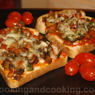 Mushroom and Sausage Pizza Toast