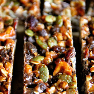 No Bake Sweet and Salty Trail Mix Granola Bars