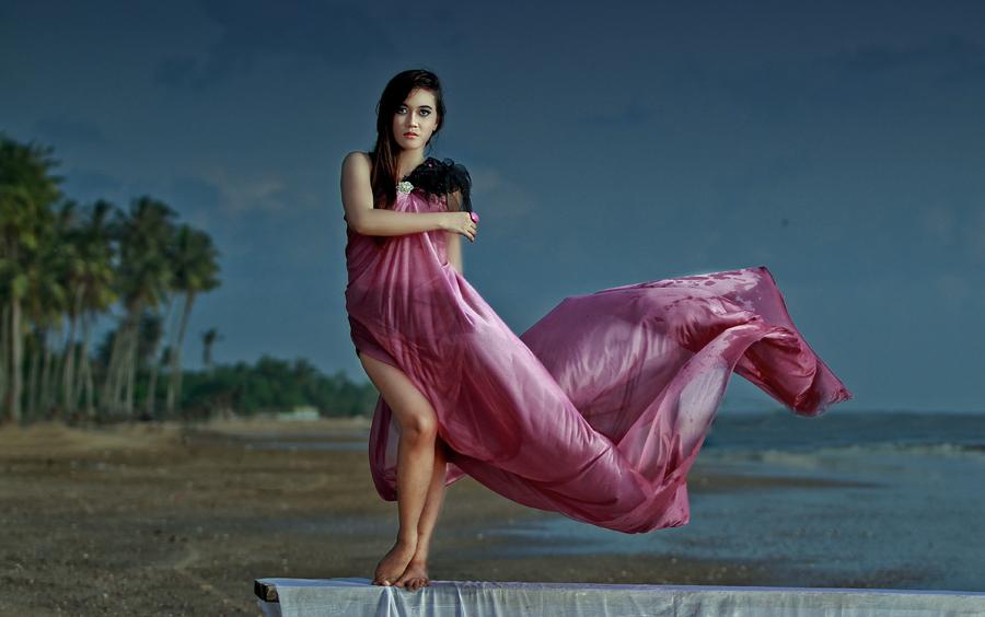 Ihhh.. Om Role Geniiit....... by Budhi Rifani - People Fashion