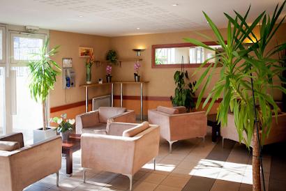 Paris Saint-Denis Pleyel Serviced Apartment, Champs Elysees