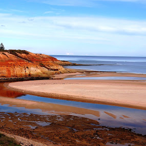 Marvellous Maslins by Pamela Howard - Novices Only Landscapes ( water, south australia, hills, cliffs, peaceful, s, serenity, onkaparinga, beach, colours )